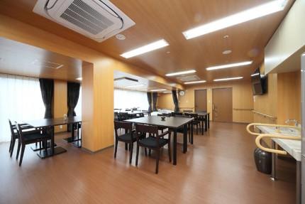 大阪府豊中市の老人ホーム サービス付き高齢者向け住宅 グランメゾン迎賓館豊中浜イメージ