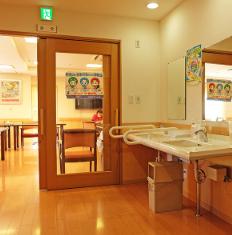 住宅型有料老人ホーム まあま鴻池(大阪府東大阪市)イメージ